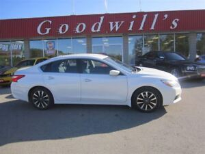 2016 Nissan Altima SV! PREVIOUS DAILY RENTAL! HEATED SEATS!