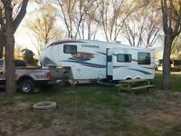LIKE NEW CHAPARRAL 5TH WHEEL AND 1 TON F350 XLT DIESEL