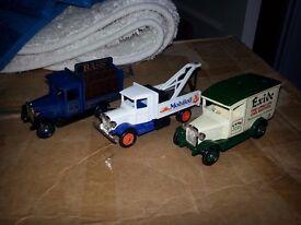 3 Lledo Days Gone trucks die-cast toy model cars
