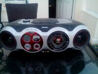 Philips CD Sound Machine. AZ2555. CD/Radio/P C Link. Battery/Mains.