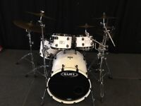 Mapex Saturn III, 5 piece Shell pack with Tom Mounts & cases. White with Black Chrome.