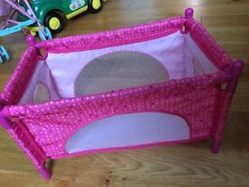 Dolls bed