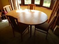 Wooden 4 Seater Extendable Dining Table