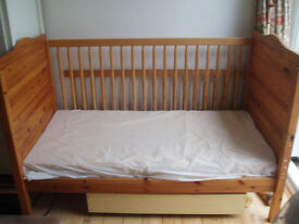Cot bed, co-sleeper, junior bed