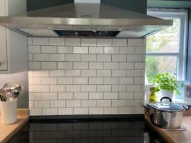 Creamy white kitchen tiles