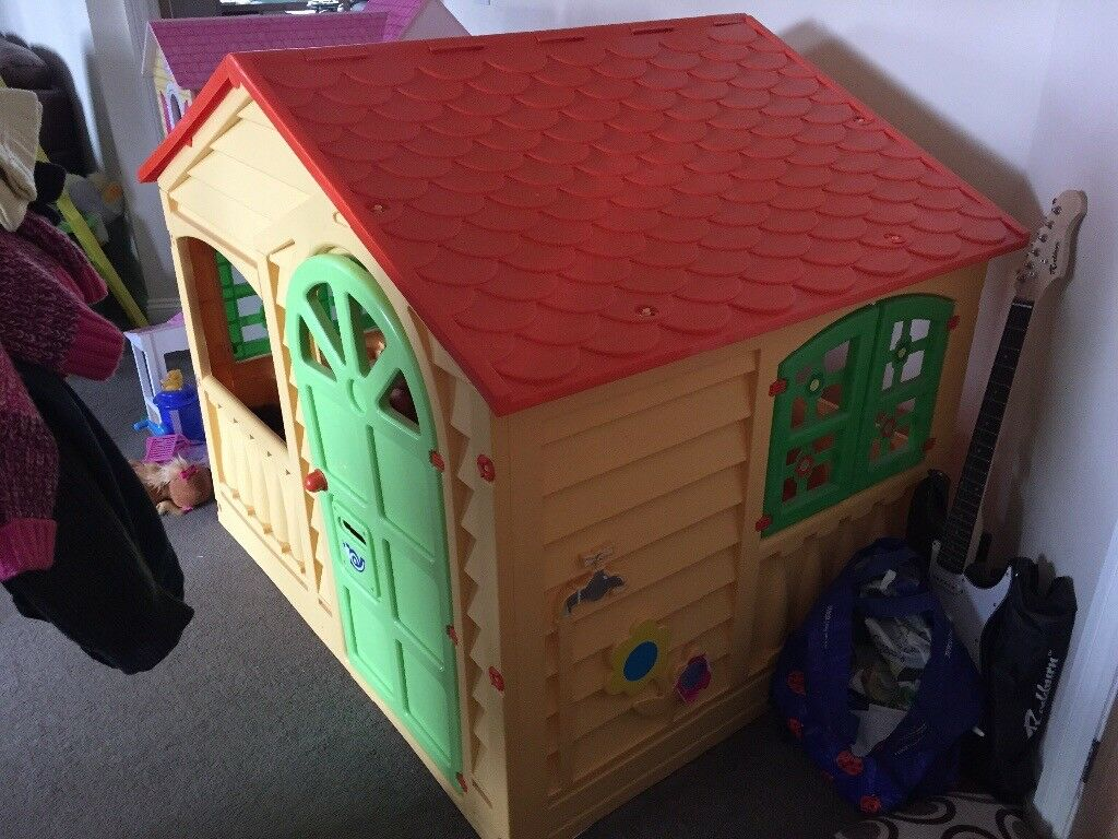 Children S Play House Originally Purchased From Toys R Us In Mold Flintshire Gumtree