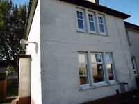 Spacious unfurnished 3 bedroom semi-detached house available in Gask Place Ref:472