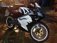 FOR SALE APRILIA rs125 RS 125 NEW SHAPE BIKE IS IN VERY GOOD CONDITION