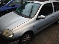 Renault Clio W reg. May MOT £275 ono