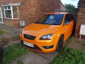 Ford Focus ST 2 Electric Orange