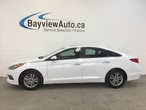 2017 Hyundai SONATA - GDI! ROOF! REV CAM! CRUISE! HEATED SEATS!