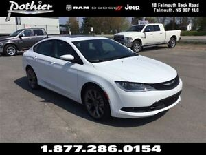 2016 Chrysler 200 S     FWD   LEATHER   SUNROOF   HEATED SEATS  