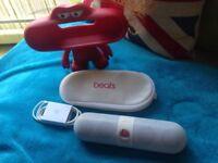 Beats pill 2.0 dr dre 100% genuine portable Bluetooth speaker white,model number b0513