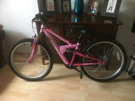 "Apollo Girls Bike 24"" Wheels Suit 8-12 yr old"