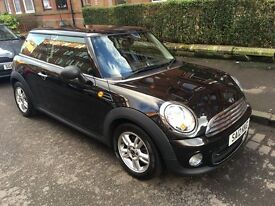 BLACK MINI ONE pSELLING FOR UNDER VALUE PRICE FOR QUICK SALE AS MOVING ABROAD!! VERY GOOD CONDITION!