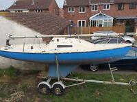 Hunter 19 sailing boat