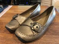 Clarks Ladies Shoes Size 5