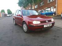 Volkswagen golf 2000 it's 2.0 petrol atuomatic starts and drives milges 121k