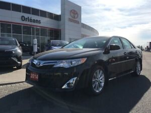 2014 Toyota Camry XLE/ LOADED