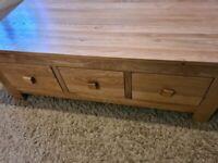 Oakland furniture solid oak coffee table