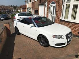AUDI A4 CONVERTIBLE RED WHITE