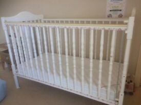 Mothercare white pretty drop side cot & mamas & papas matress