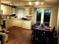 large double bedroom available.....