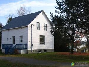 91 500$ - Maison à un étage et demi à vendre à Carleton-sur-