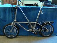 Dahon Bickerton folding bike with carry bag and jockey wheel