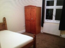 TWO LARGE ROOMS IN FULLY FURNISHED NEW THREE BEDROOM FLATSHARE IN PRESTON DROVE, BRIGHTON. BN1 6LB.