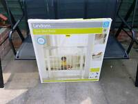 Lindam safety stair gate for sale it's brand new