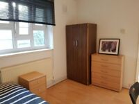 QUEEN MARY STUDENTS WELCOME - ENQUIRE NOW! DOUBLE ROOM IN STEPNEY GREEN