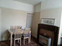 Double room in shared house, near town centre, all inclusive, very cheap, must see, available now
