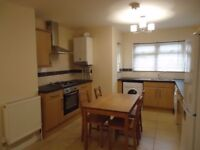 Richmond Crescent, Cathay`s Spacious Newly Refurbished 2 Bed Ground Floor Flat Flat 1st July 2018