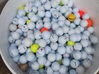 Collection of 200 mixed golf balls
