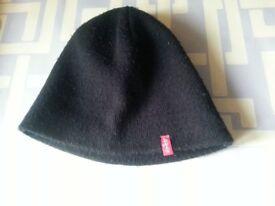 Levis wooly cap
