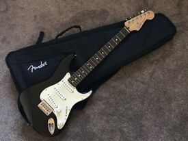 2004 Fender Stratocaster JR. (Junior) Short Scale / Travel Guitar - Assembled in Mexico w/ USA Parts