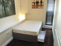 Small double bed with 2 drawers + mattress + protector