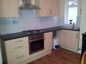 2 bed flat in B16