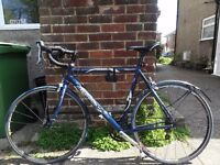 Road racing bicycle, bike, excellent condition, top components.