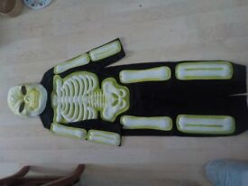 Age 5-6 Skeleton Costume with Mask - Collect PE27