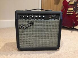 Fender Frontman 15G 38W Guitar Amplifier