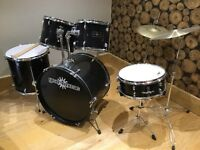 Drum kit GD-2 Drum Kit by Gear4music. Black