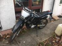 2005 YAMAHA DT125RE spares or repair