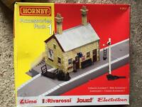 HORNBY ACCESSORIES PACK 1 R8227