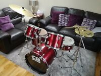 CB 7 piece drum kit red comes with stool and drums sticks perfect for a christmas present!
