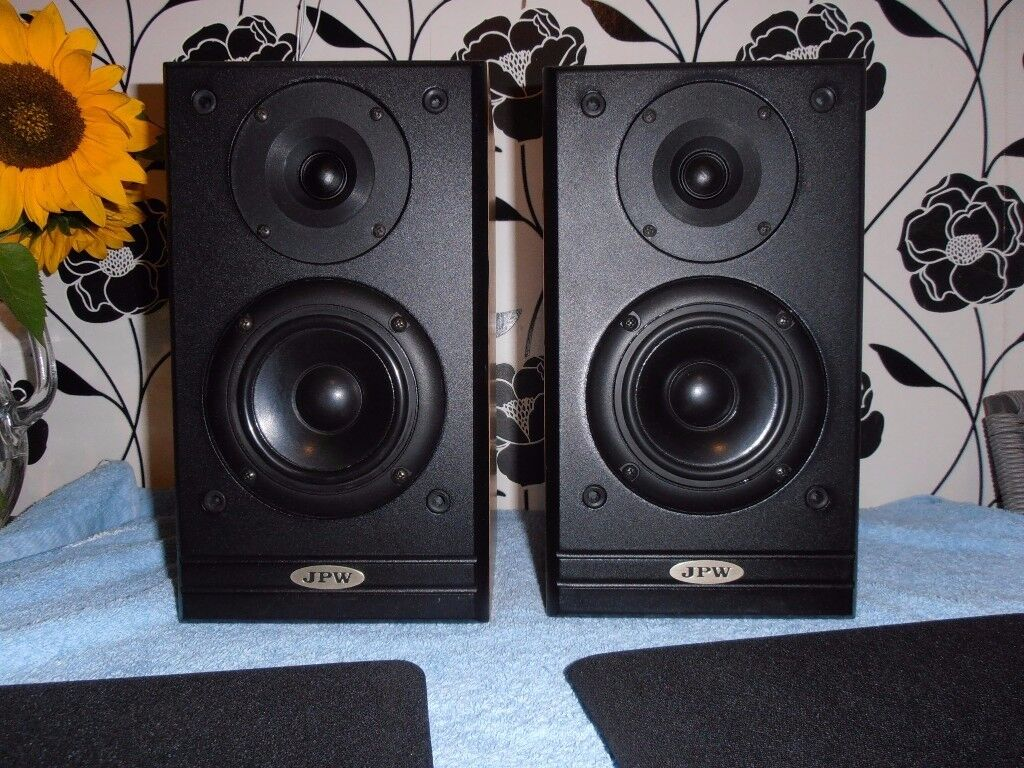JPW ML-310 BOOKSHELF SPEAKERS.