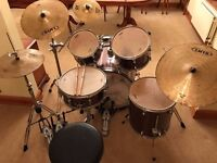 Mapex Horizon 7 piece drum kit with additional pieces