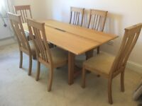 Solid Oak Dining Table with inlaid centre design plus 6 chairs