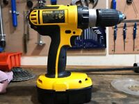 Dewalt DC725 18v Cordless Combi Hammer Drill With Hard Carry Case